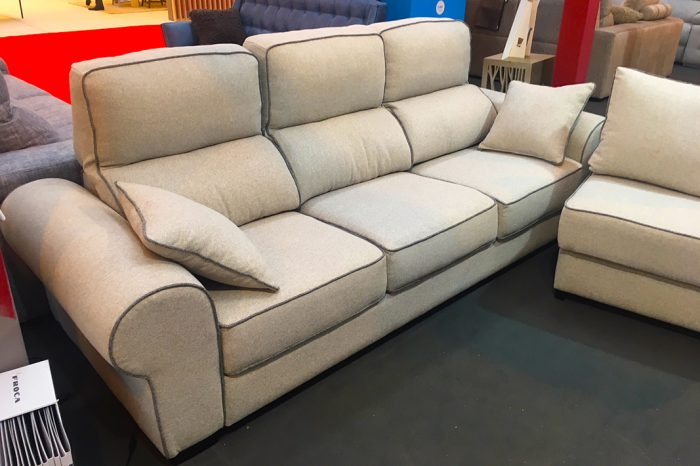 Sof s sillones chaise longue poltrona center san for Sofas baratos madrid outlet